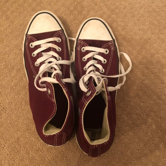 a550e860ec05 Converse High top Burgundy color
